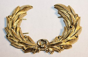 Universal Cap Wreath. 1858- 1930's